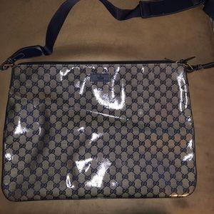 Authentic Gucci Messenger bag